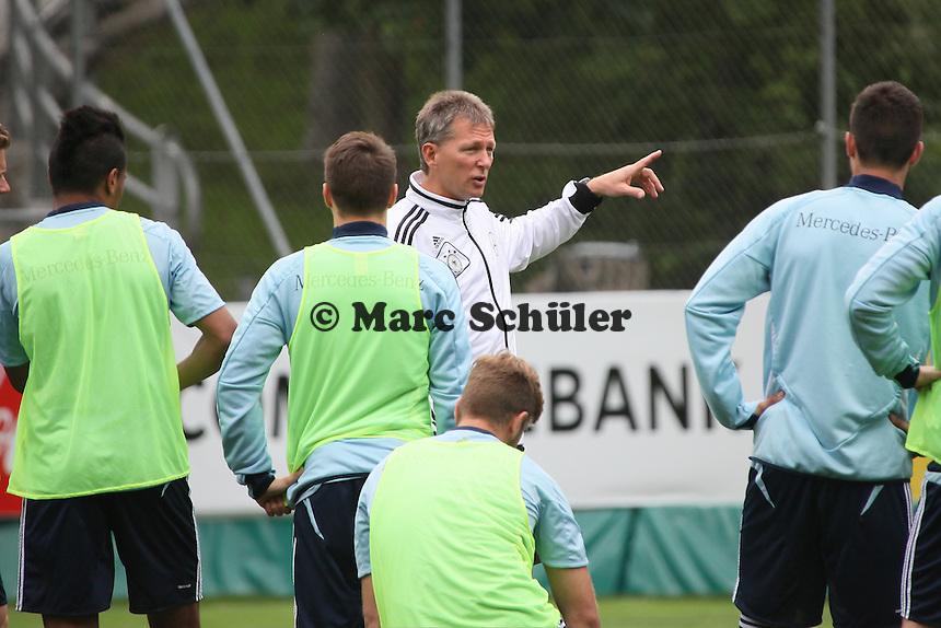 Trainer Frank Wormuth - Training der Deutschen U20 Nationalmannschaft im Rahmen der WM-Vorbereitung in St. Martin