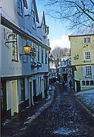 Norwich: Elm Hill--narrow street. Photo '90.