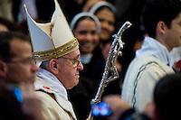 Papa Francesco durante la celebrazione della Santa Messa nella Basilica di San Pietro
