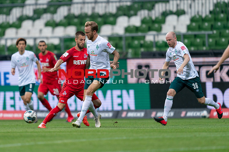 Kevin Vogt (Werder Bremen  #03) Davy Klaassen (Werder Bremen #30), Dominick Drexler (FC Koeln #24)<br /> <br /> <br /> Sport: nphgm001: Fussball: 1. Bundesliga: Saison 19/20: 34. Spieltag: SV Werder Bremen vs 1.FC Koeln  27.06.2020<br /> <br /> Foto: gumzmedia/nordphoto/POOL <br /> <br /> DFL regulations prohibit any use of photographs as image sequences and/or quasi-video.<br /> EDITORIAL USE ONLY<br /> National and international News-Agencies OUT.