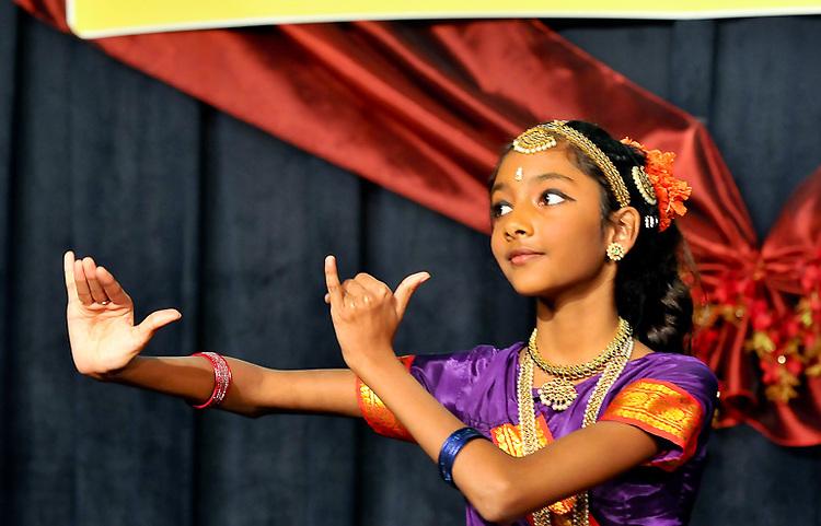 2009 Diwali Celebration & Fashion held in Lanham Maryland. Professional Image Event Photography by John Drew