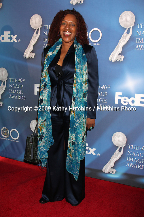 CCH Pounder  arriving at the NAACP Luncheon  at the Beverly Hills Hotel in Beverly Hills, CA on .February 7, 2009.©2009 Kathy Hutchins / Hutchins Photo..