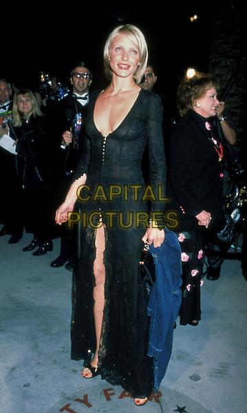 CAMERON DIAZ.Ref: 9629.plunging neckline, split, full length, full-length black dress low cut.www.capitalpictures.com.sales@capitalpictures.com.©Capital Pictures.