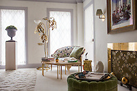 The Kips Bay Decorator Show House invited twenty one designers and architects to transform a luxury Manhattan townhouse for a benefit to the Kips Bay Boys &amp; Girls Club. <br /> <br /> Pictured, design by Timothy Whealon Interiors<br /> <br /> Danny Ghitis for The New York Times