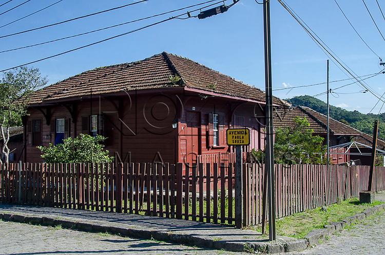 Casas na Vila de Paranapiacaba, Santo Andr&eacute; - SP, 04/2013.<br /> * &Eacute; necess&aacute;rio solicitar autoriza&ccedil;&atilde;o para a Vila de Paranapiacaba.