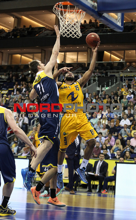 15.05.2015, O2 world, Berlin, GER, 1.BBL, ALBA Berlin vs. EWE Baskets Oldenburg, im Bild Reggie Redding (ALBA Berlin), Adam Chubb (Baskets Oldenburg)<br /> <br />               <br /> Foto &copy; nordphoto /  Engler