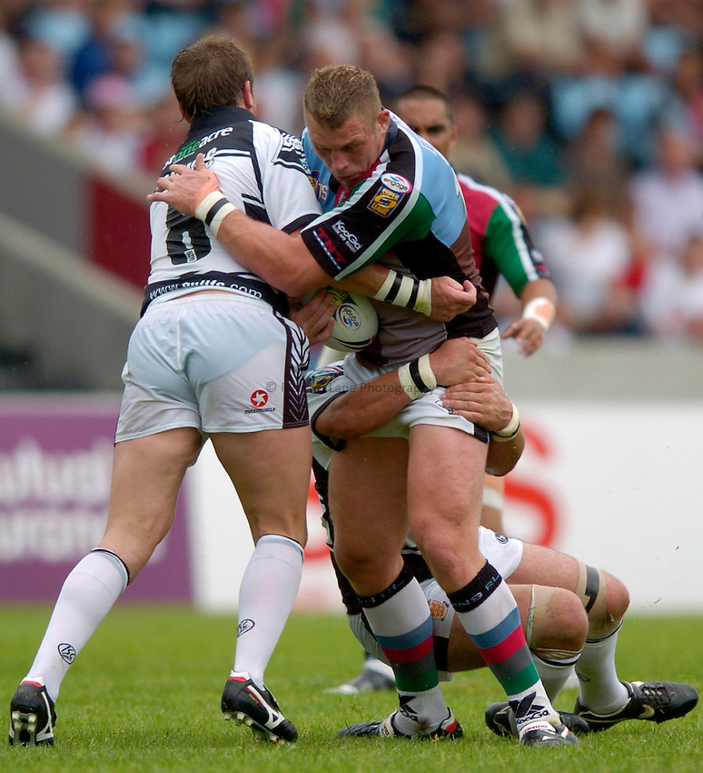 Photo: Richard Lane..Harlequins RL v Hull RL. Engage Super League. 22/07/2006. .Quins' David Mills attacks.