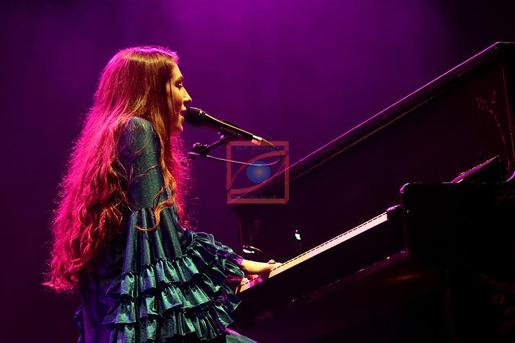 Festival de Musica de Barcelona.<br /> Festival Jardins de Pedralbes 2017.<br /> Birdy - Beatiful Lies Tour.