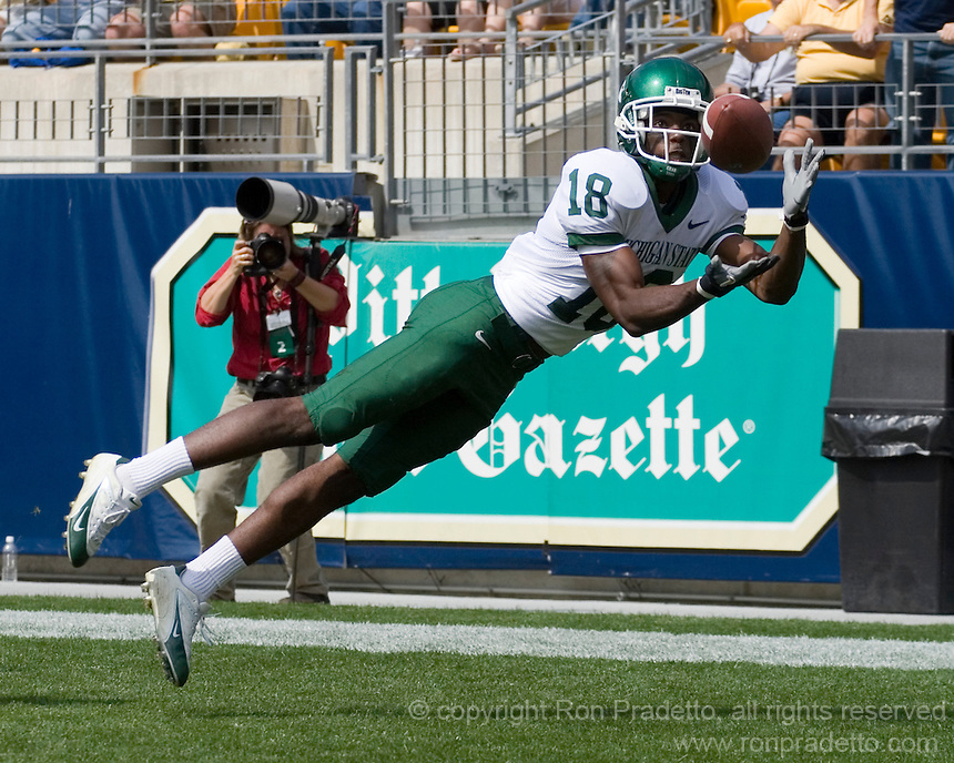 16 September 2006: Michigan State wide receiver Terry Love..The Michigan State Spartans defeated the Pitt Panthers 38-23 on September 16, 2006 at Heinz Field, Pittsburgh, Pennsylvania.