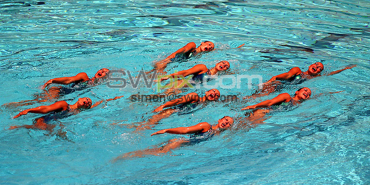 Pix: Matthew Lewis/SWpix.com. Synchronised Swimming. 10th Fina World Championships 2003, Barcelona. 19/07/2003...COPYRIGHT PICTURE>>SIMON WILKINSON>>01943 436649>>..The French Synchronised Swimming team.