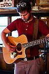 Dan Mangan playing at Henfling's bar in Ben Lomond, California.  April 24, 2007.