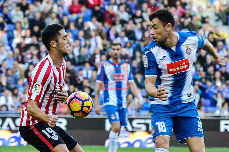 League Santander 2016/2017. Game: 11.<br /> RCD Espanyol vs Athletic Club: 0-0.<br /> Sabin Merino vs Javi Fuego.