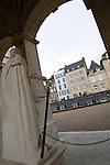 20080108 - France - Aquitaine - Pau<br /> VUES DEPUIS LE CHATEAU DE PAU SUR LA VILLE, LE GAVE ET LES PYRENEES.<br /> Ref : PAU_072.jpg - © Philippe Noisette.