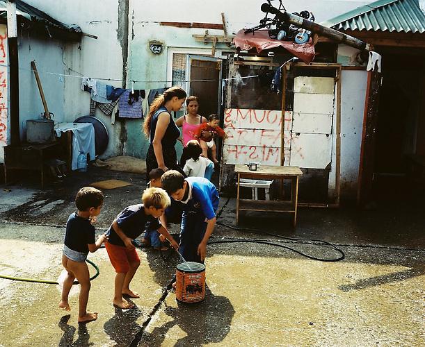 KOS / Kosovo /Mitrovica / 01.07.2009 / Lager Cesmin Lug, Wasserversorgung