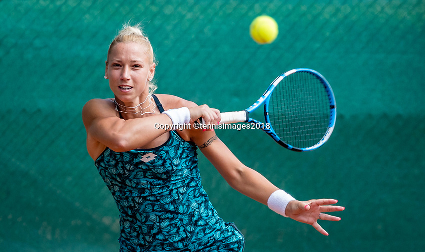 The Hague, Netherlands, 09 June, 2018, Tennis, Play-Offs Competition, Tereza Mrdeza<br /> Photo: Henk Koster/tennisimages.com