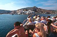 Italien, Ischia, Ausflugsboot vor Sant'Angelo