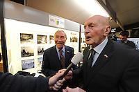 SCHAATSEN: HINDELOOPEN: Schaatsmuseum, 18-01-2013, Elfstedenreünie van de Elfstedentocht van 1963, interview met Jan Uitham, ©foto Martin de Jong