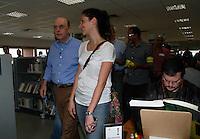 2012.07.22 -CAMPANHA ELEITORAL - JOSE SERRA - O candidato a prefeitura de São Paulo Jose Serra visitou na tarde deste domingo a Biblioteca de São Paulo no Parque da Juventude na zona norte de São Paulo. (Fotos: Amauri Nehn/Brazil Photo Press)
