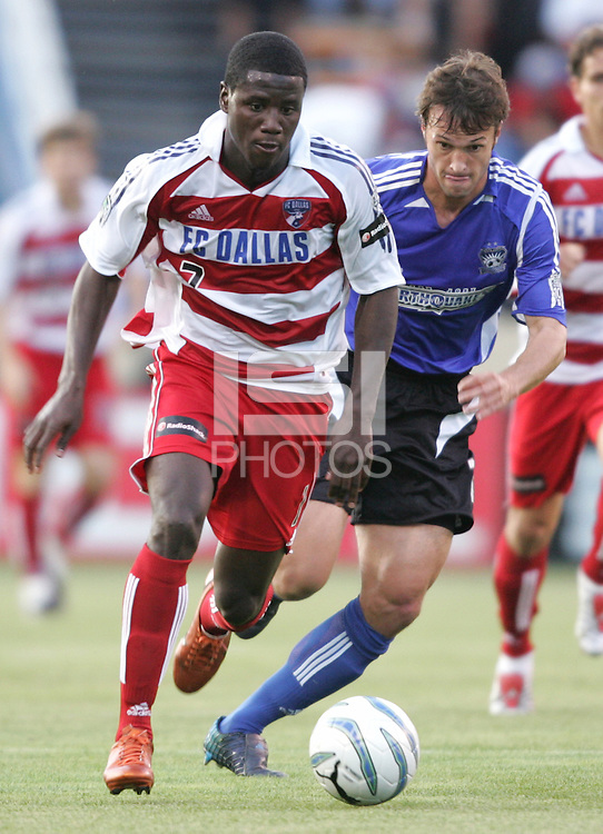 14 May 2005: Eddie Johnson of FC Dallas in action against Earthquakes at Spartan Stadium in San Jose, California.    Earthquakes tied FC Dallas, 0-0.