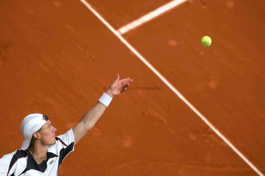 Photo: Iconsport/Richard Lane Photography..French Open, Roland Garros 2007. 31/05/2007..Lleyton Hewitt serves.
