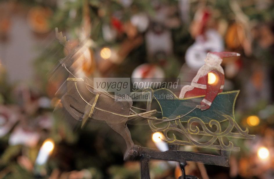 Europe/France/Alsace/68/Haut-Rhin/Ungersheim: Ecomusée d'Alsace - Détail des décorations de Noël
