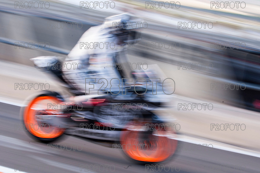 Alex Rins in pit line at pre season winter test IRTA Moto3 & Moto2 at Ricardo Tormo circuit in Valencia (Spain), 11-12-13 February 2014