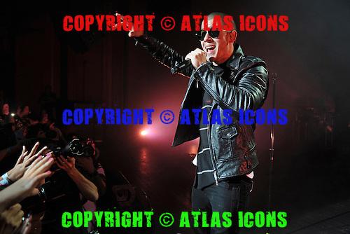 MIAMI BEACH, FL - SEPTEMBER 27 : Nick Jonas performs at The Fillmore on September 27, 2015 in Miami Beach, Florida. Credit Larry Marano © 2015
