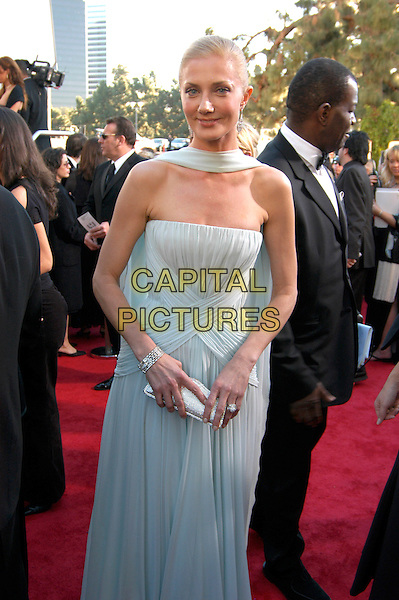 JOELY RICHARDSON.62nd Annual Golden Globe Awards, Beverly Hills, Los Angeles, California.January 16th, 2005.half length, blue wrap dress, strapless scarf clutch purse.www.capitalpictures.com.sales@capitalpictures.com.Supplied by Capital Pictures.
