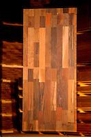 Processo de produção de painéis, pisos e decks nas instalações industriais da LumberBras.<br /> Distrito industrial, Ananindeua, Pará, Brasil.<br /> Foto: Paulo Santos<br /> 04/2013