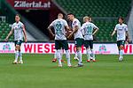 Niklas Moisander (Werder Bremen #18 Kapitaen), Marco Friedl (Werder Bremen #32), Milos Veljkovic (Werder Bremen #13), Davy Klaassen (Werder Bremen #30), Yuya Osako (Werder Bremen #08), Niclas Füllkrug / Fuellkrug (Werder Bremen #11)<br /> <br /> <br /> Sport: nphgm001: Fussball: 1. Bundesliga: Saison 19/20: 34. Spieltag: SV Werder Bremen vs 1.FC Koeln  27.06.2020<br /> <br /> Foto: gumzmedia/nordphoto/POOL <br /> <br /> DFL regulations prohibit any use of photographs as image sequences and/or quasi-video.<br /> EDITORIAL USE ONLY<br /> National and international News-Agencies OUT.