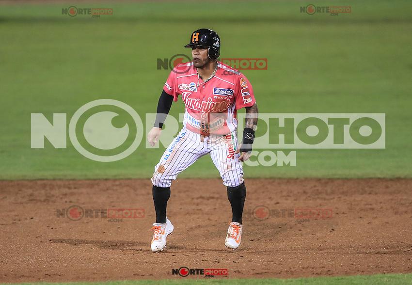 Jorge Flores de Naranjeros corre por las bases, durante el partido2 de beisbol entre Naranjeros de Hermosillo vs Yaquis de Obregon. Temporada 2016 2017 de la Liga Mexicana del Pacifico.<br /> &copy; Foto: LuisGutierrez/NORTEPHOTO.COM