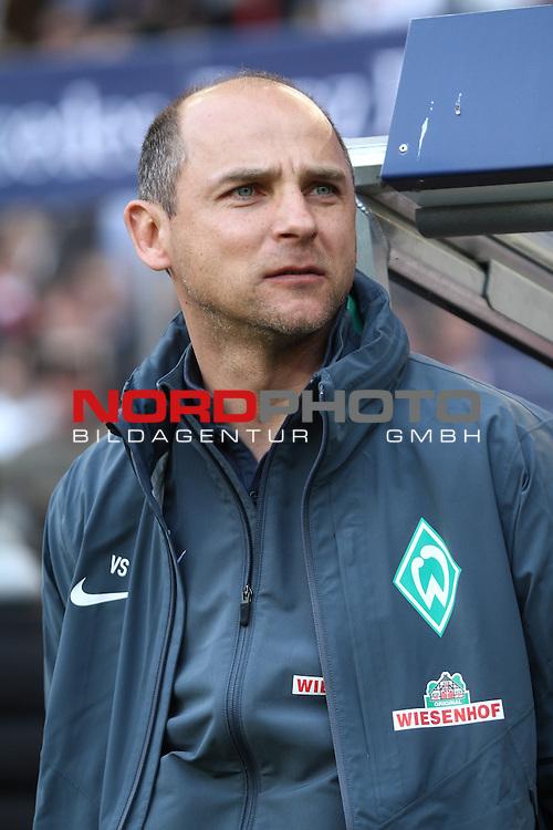 12.04.2015, Mercedes Benz Arena, Stuttgart, GER, 1.FBL,  VFB Stuttgart vs. SV Werder Bremen, im Bild Viktor Skripnik (Trainer Bremen)<br /> <br />  Foto &copy; nordphoto / Straubmeier