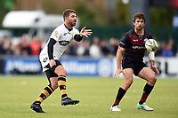 Willie Le Roux of Wasps passes the ball. Aviva Premiership match, between Saracens and Wasps on October 8, 2017 at Allianz Park in London, England. Photo by: Patrick Khachfe / JMP