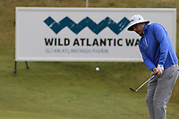 Ryan Evans (ENG) chips onto the 13th green during Thursday's Round 1 of the 2018 Dubai Duty Free Irish Open, held at Ballyliffin Golf Club, Ireland. 5th July 2018.<br /> Picture: Eoin Clarke | Golffile<br /> <br /> <br /> All photos usage must carry mandatory copyright credit (&copy; Golffile | Eoin Clarke)