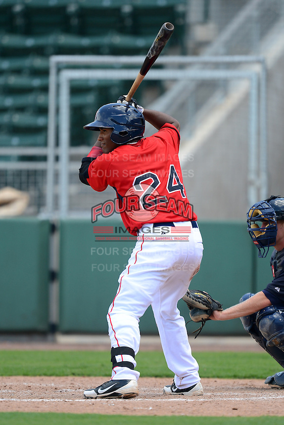 GCL Red Sox second baseman Wendell Rijo (24) during a game against the GCL Twins on July 19, 2013 at JetBlue Park at Fenway South in Fort Myers, Florida.  GCL Red Sox defeated the GCL Twins 4-2.  (Mike Janes/Four Seam Images)