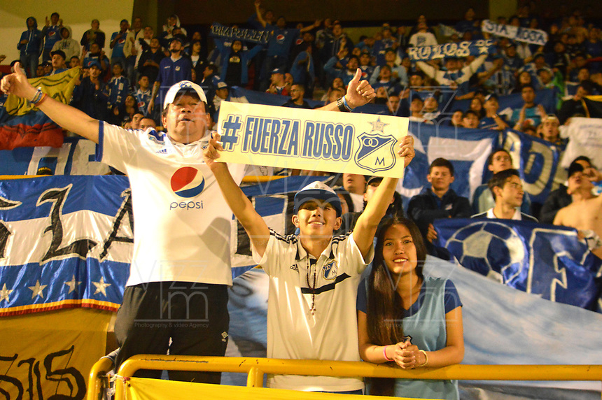 TUNJA- COLOMBIA, 04-02-2018:Hinchas de Millonarios  en el estadio La Independencia  durante el partido entre el Boyacá Chicó  y Millonarios   por la fecha 1 de la Liga Águila II 2018 jugado en el estadio La Independencia. / Fans of Millonarios in the La Independencia stadium  during match between Boyaca Chico and Millonarios  for the date 1 of the Aguila League I 2018 played at La Independencia stadium. Photo: VizzorImage/ José Miguel Palencia / Contribuidor