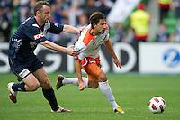 A-League - 2010 - Rd06 - Victory v Roar