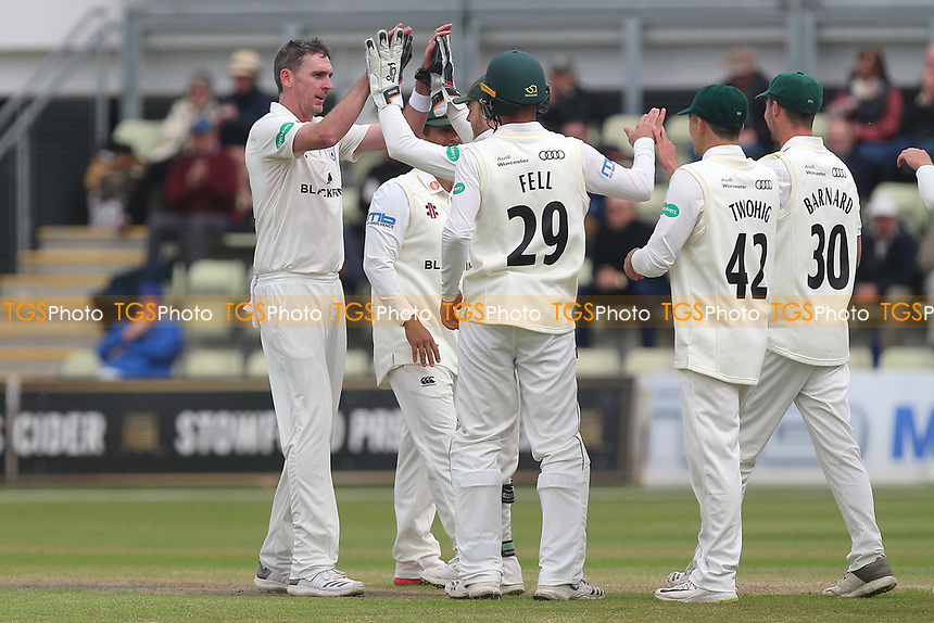 Steve Magoffin of Worcestershire celebrates with his team mates after taking the wicket of Varun Chopra during Worcestershire CCC vs Essex CCC, Specsavers County Championship Division 1 Cricket at Blackfinch New Road on 11th May 2018