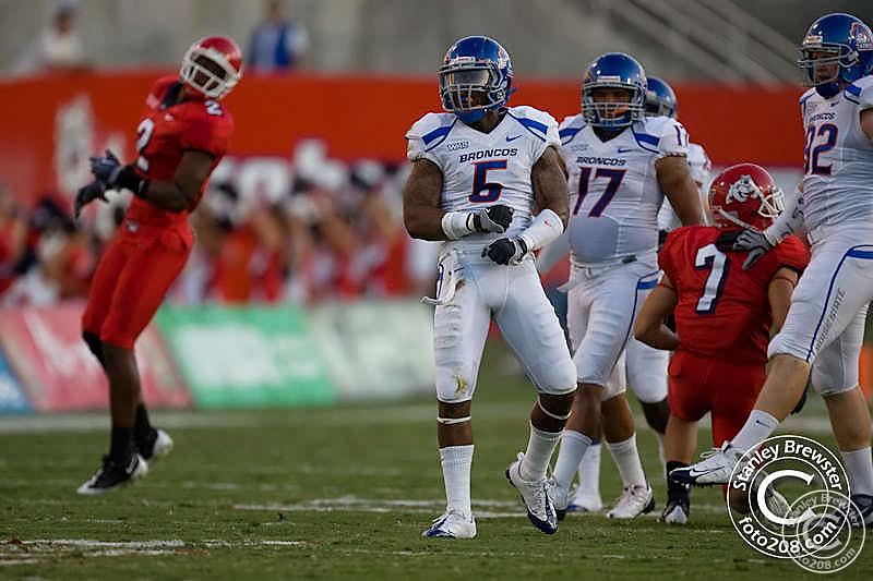 Boise State Broncos football team defeated the Fresno State Bulldogs 51-34 Friday September 18th 2009 in Bulldog Stadium in Fresno California.