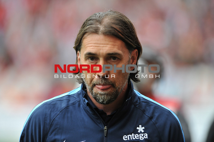 03.05.2015, cofacearena, Mainz, GER, FSV Mainz 05 vs. Hamburger SV, im Bild: Martin Schmidt (Trainer, FSV Mainz)<br /> <br /> Foto &copy; nordphoto / Fabisch
