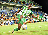 MONTERIA - COLOMBIA, 02-09-2018: Helibelton Palacios, jugador de Nacional, en acción durante partido entre Jaguares de Córdoba y Atletico Nacional por la fecha 7 de la Liga Águila II 2018 jugado en el estadio Municipal de Montería. / Helibelton Palacios, player of Nacional, in action during the match between Jaguares of Cordoba and Atletico Nacional for the date 7 of the Liga Aguila II 2018 at the Municipal de Monteria Stadium in Monteria city. Photo: VizzorImage / Andres Felipe Lopez / Cont