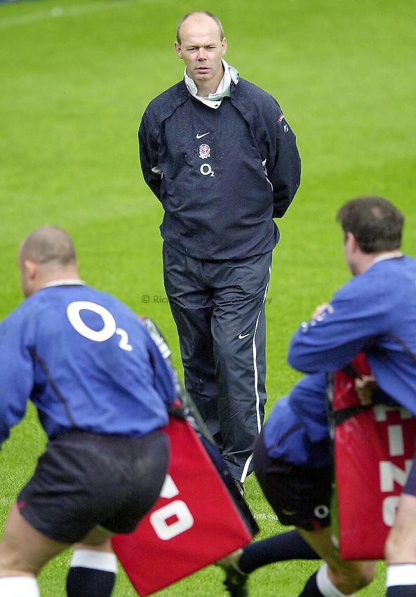 Photo Peter Spurrier.18/05/2002.Sport - Rugby Union.England Training Twickenham.England coach Clive Woodward  watch's the England squard training at Twickenham.