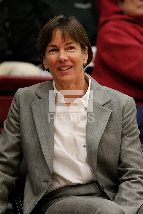 22 December 2007: Tara Vanderveer during Stanford's 73-69 win over Tennessee at Maples Pavilion in Stanford, CA.