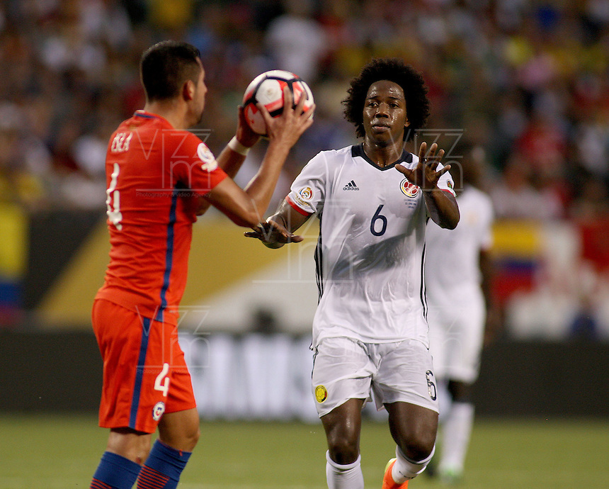 CHICAGO - UNITED STATES, 22-06-2016: Carlos Sánchez Jugador de Colombia  durante partido por la semifinal  entre Colombia (COL) y Chile (CHI)  por la Copa América Centenario USA 2016 jugado en el estadio Soldier Field en Chicago, USA.  /  Carlos Sanchez Player of Colombia (COL)  during a match for the semifinal between Colombia (COL) and Chile  (CHI) for the Copa América Centenario USA 2016 played at Soldier Field  stadium in Chicago, USA. Photo: VizzorImage/ Luis Alvarez /Cont.