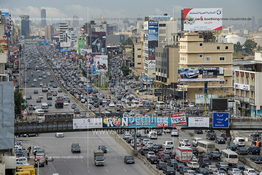 LEBANON, Beirut, heavy traffic on highway to Tripoli, view to city center / LIBANON, Beirut, Autobahn Beirut-Tripoli