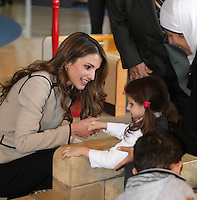 Queen Rania joins children with disabilities at Children's Museum - Jordan