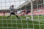 12.05.2018, OPEL Arena, Mainz, GER, 1.FBL, 1. FSV Mainz 05 vs SV Werder Bremen<br /> <br /> im Bild<br /> Theodor Gebre Selassie (Werder Bremen #23) k&ouml;pft nach Eckball aus kurzer Distanz zum 1:2 gegen Florian M&uuml;ller / Mueller (FSV Mainz 05 #22) ein, aufgenommen mit remote / Hintertorkamera, <br /> <br /> Foto &copy; nordphoto / Ewert
