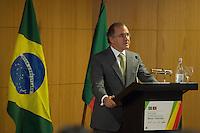LISBOA, PORTUGAL, 20 DE ABRIL 2015 - FORÚM EMPRESARIAL BRASIL-PORTUGAL - Pires de Lima, Ministro Português da Economia discursando durante o Forúm Empresarial Brasil-Portugal, em Lisboa, Portugal. (Foto: Bruno de Carvalho - Brazil Photo Press)