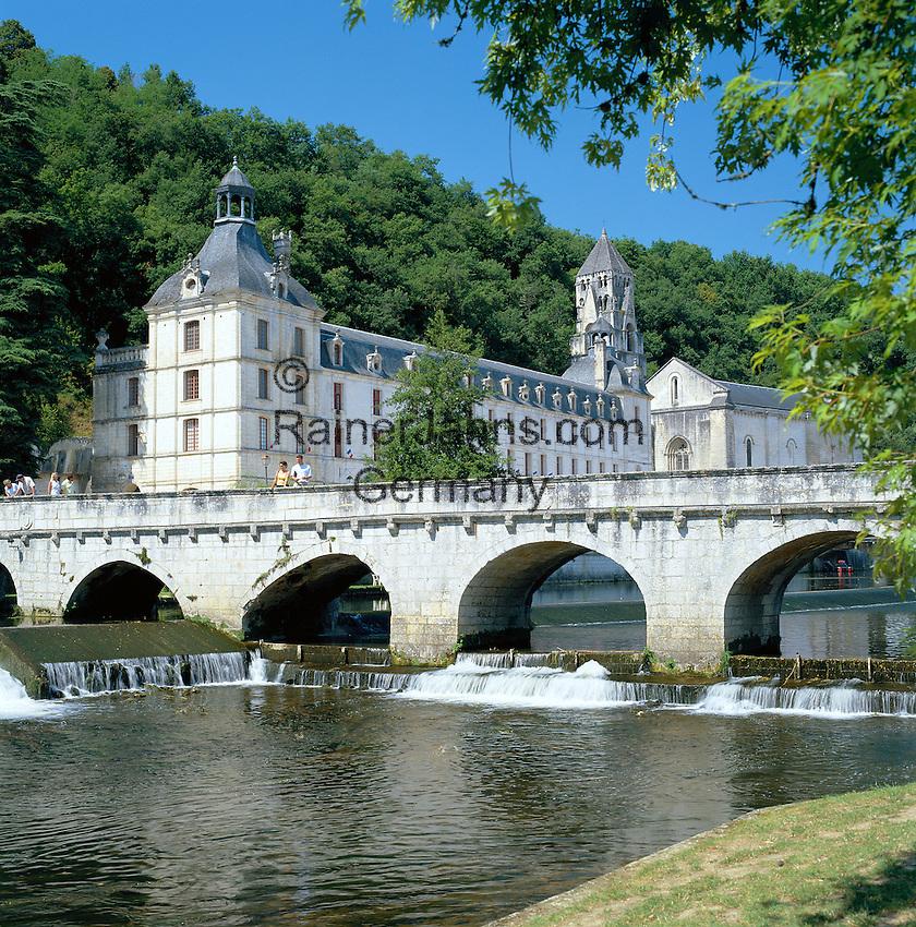 France, Aquitaine, Département Dordogne, Brantôme: Abbey and Church of St. Peter by river Dronne | Frankreich, Aquitanien, Département Dordogne, Brantôme: die Abtei Saint Pierre de Brantôme am Ufer der Dronne
