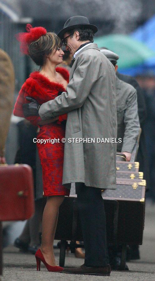 Photo by &copy;  Stephen Daniels  <br /> Penelope Cruz &amp; Daniel Day Lewis filming NINE